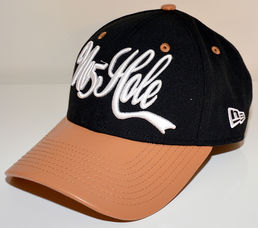 No5Hole Cursive New Era 9FORTY Strapback lippis